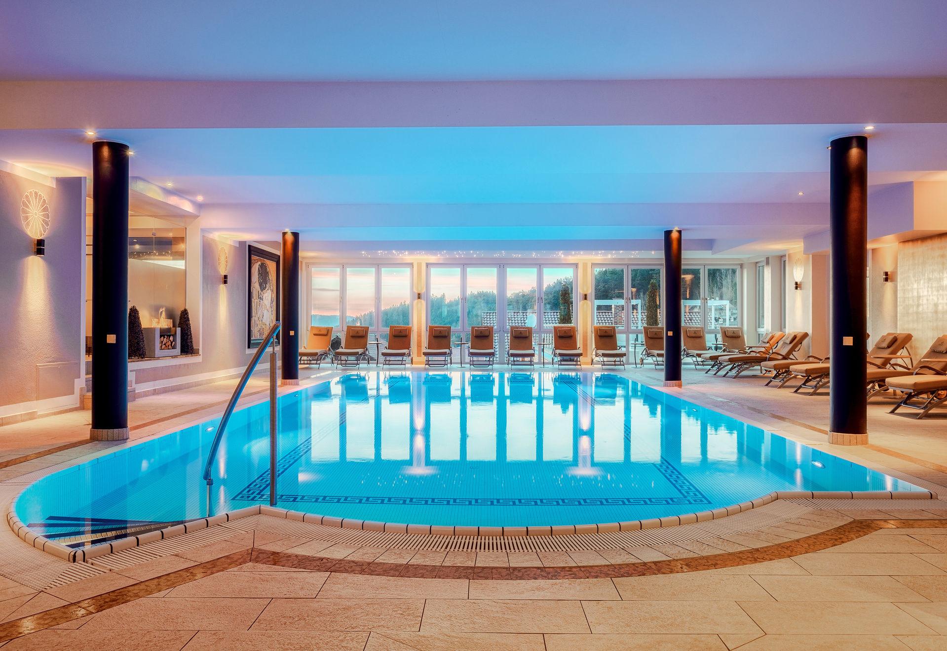 Panoramahallenbad - Wellness Hotel Bayerischer Wald ...